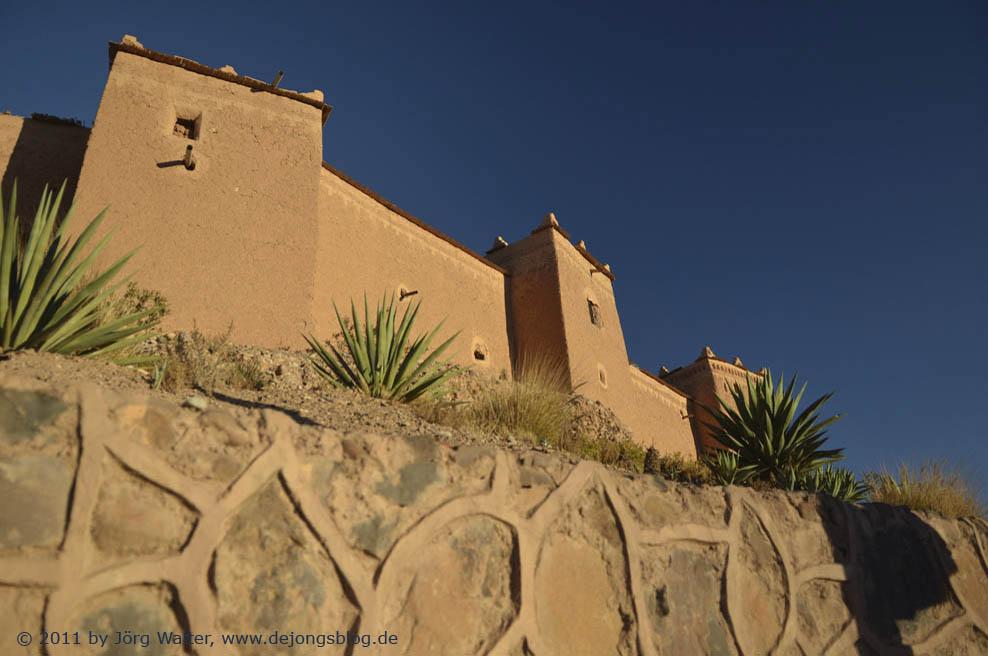 Wohnhaus im Sonnenuntergang in Kasbahs