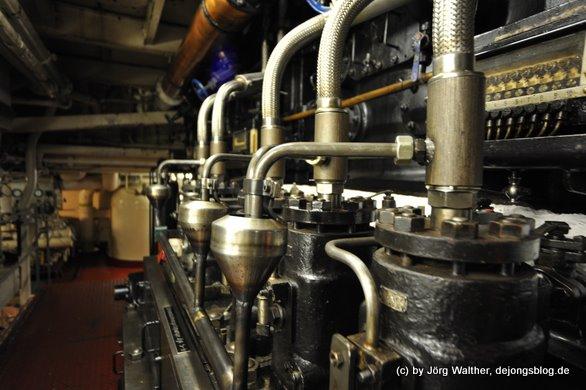 Maschinenraum eines Museumsschiffes