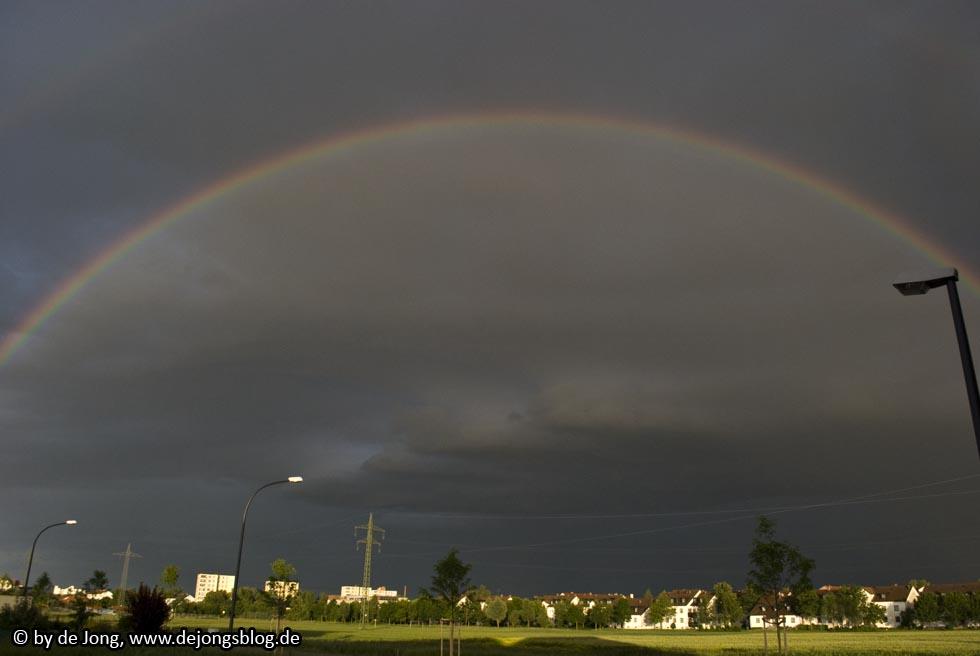 gesamter Regenbogen