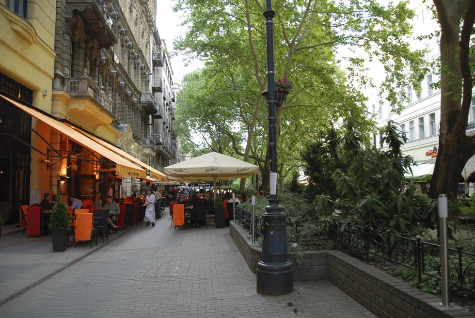 Straßencafe in Budapest